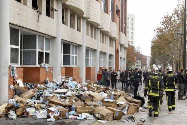 redaction de charlie hebdo incendiée REUTERS 930620
