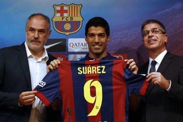 Suarez à son arrivée au Barça (960x640)