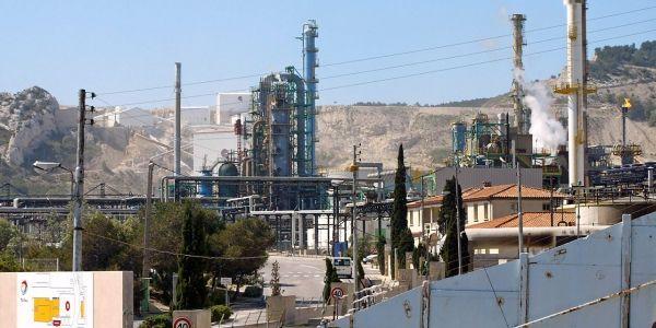Total-raffinerie-de-La-Mede-1280x640