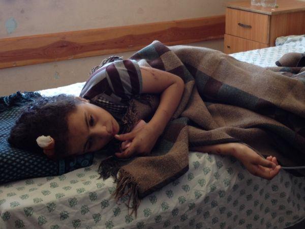 Un enfant Palestinien blessé par les bombardements à l'hôpital.