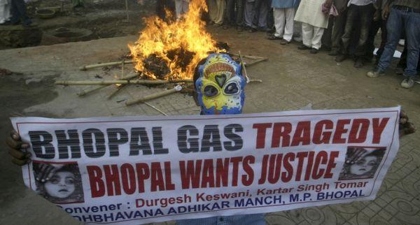 Une manifestation à Bhopal (930x620)