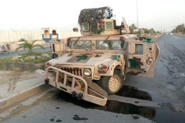 Véhicule abandonné par l'armée irakienne