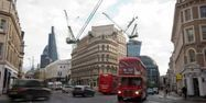 07.07.Londres immobilier construction chantier grue.LEON NEAL  AFP.1280.640