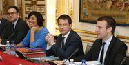 14.03.Valls Macron Khomri.PATRICK KOVARIK  AFP.1280.640