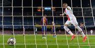 Kylian Mbappé PSG Barcelone LLUIS GENE / AFP