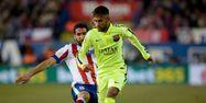 Neymar face à l'Atlético Madrid et Raul Garcia (1280x640) Dani POZO/AFP