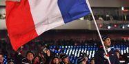 Le porte-drapeau de la délégation française aux JO d'hiver, c'est évidemment lui.