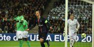 Zlatan PSG Saint Etienne PHILIPPE DESMAZES / AFP 1280