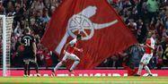 Mesut Özil buteur face à Manchester United (1280x640) Justin TALLIS/AFP