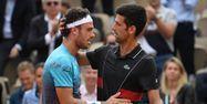 Cecchinato avec Djokovic (1280x640) Eric FEFERBERG / AFP