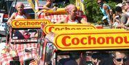 Véhicules Cochonou sur le Tour (1280x640) Franck FIFE/AFP