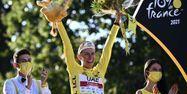 Tadej Pogacar victoire Tour de France 2021 @Anne-Christine POUJOULAT / AFP