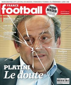 "Une de ""France football"""
