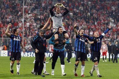 Julio Cesar porté en triomphe (930x620)