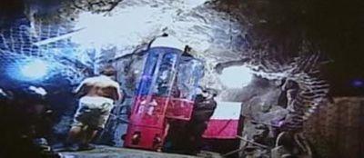La capsule sous terre mineurs Chili. 460200