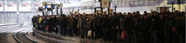 02.06.Bandeau greve transport SNCF train gare.MATTHIEU ALEXANDRE  AFP.1280.300