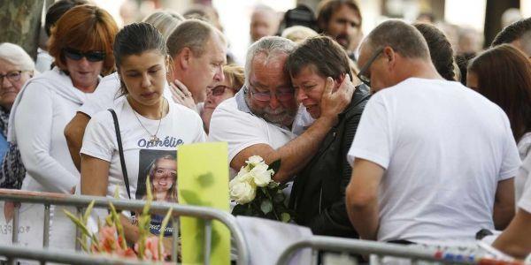 11.08.Hommage incendie Rouen 4.CHARLY TRIBALLEAU  AFP.1280.640.jpg