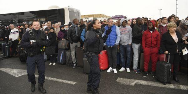aéroport d'Orly, attaque, 18 mars, passagers crédit :CHRISTOPHE SIMON / AFP