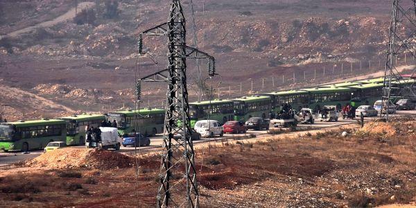 Alep évacuation bus crédit : GEORGE OURFALIAN / AFP