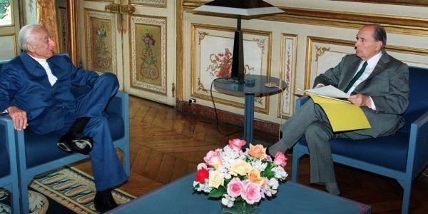 cousteau, Mitterrand, 1994 crédit : PATRICK KOVARIK / AFP