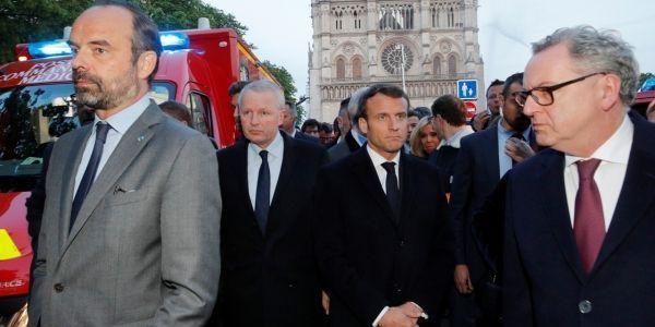 Emmanuel Macron à Notre-Dame de Paris (1280x640) PHILIPPE WOJAZER / POOL / AFP