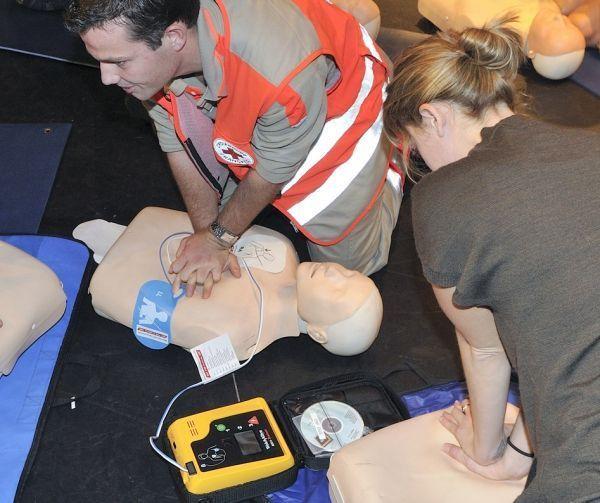 formations premiers secours crédit : La Croix rouge / Yann Le Borgne