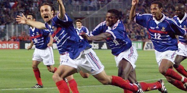 France-Afrique-du-Sud-1998-Coupe-du-monde-Victoire-3-0-une-solide-mise-en-route