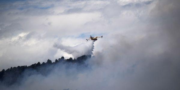 incendie, Mirabeau crédit : BERTRAND LANGLOIS / AFP - 1280
