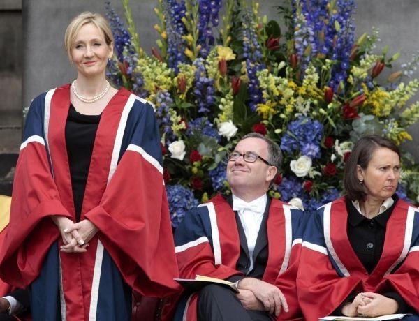 JK Rowling, roman, récompense, donation crédit : DAVID CHESKIN / POOL / AFP
