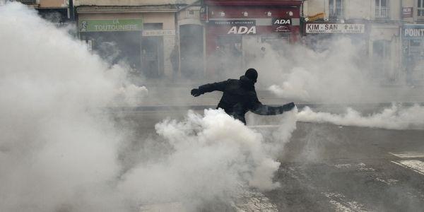 Manifestation-contre-la-Loi-Travail-des-militants-interdits-de-sejour-a-Paris