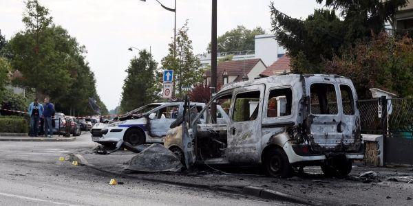 Policiers-attaques-a-Viry-Chatillon-les-six-interpelles-relaches
