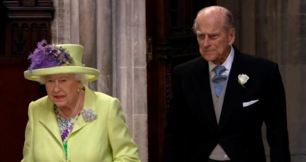 Reine d'Angleterre mariage Harry