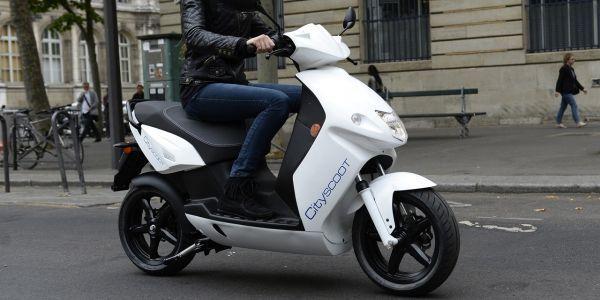 scooter électrique crédit : BERTRAND GUAY / AFP - 1280