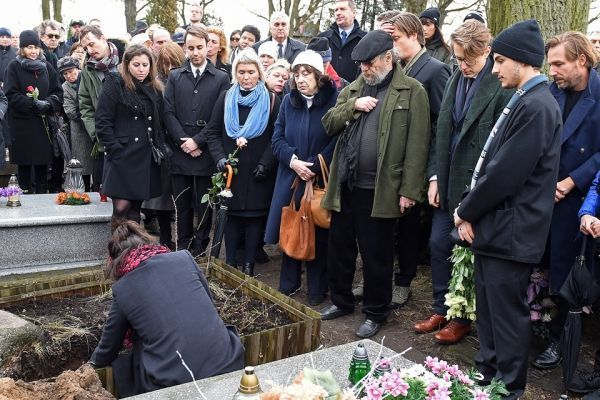 Sophie Marceau aux obsèques de Zulawski (960x640)