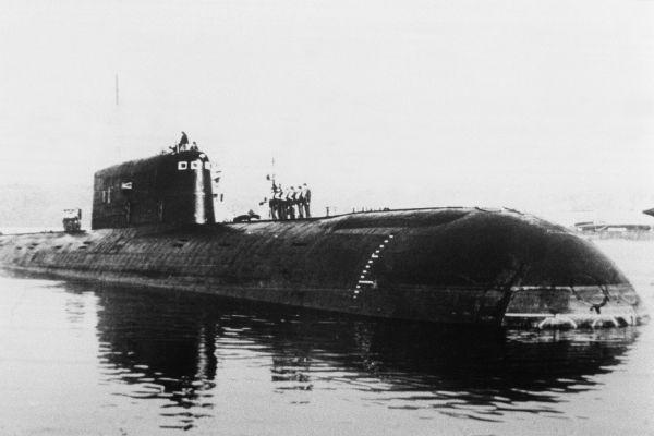 sous-marin russe Komsomolets crédit : STF / ITAR-TASS / AFP