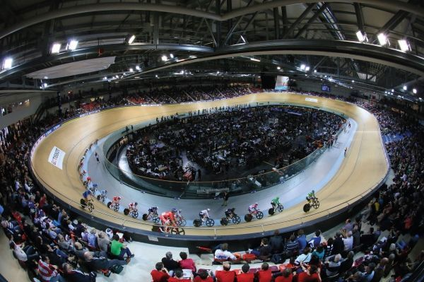 Vélodrome-national-&