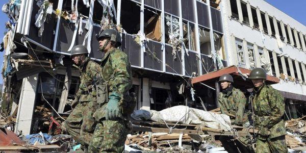 YOMIURI SHIMBUN  AFP (2)
