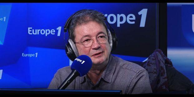 """Frédéric Bouraly, voix de Hercule dans Dragon Ball Z : """"Il est complètement idiot, c'est un bonheur"""""""
