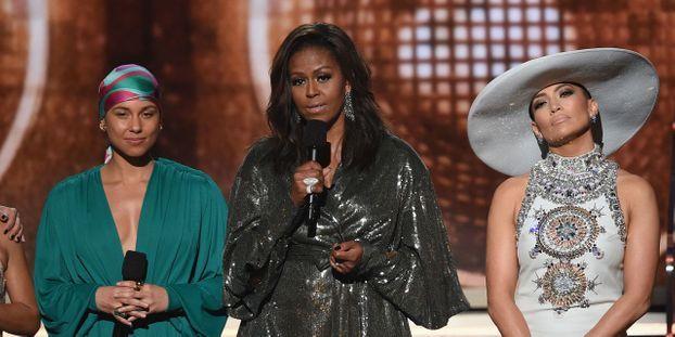 Fiançailles de Jennifer Lopez : Le couple Obama adresse un tendre message aux futurs mariés