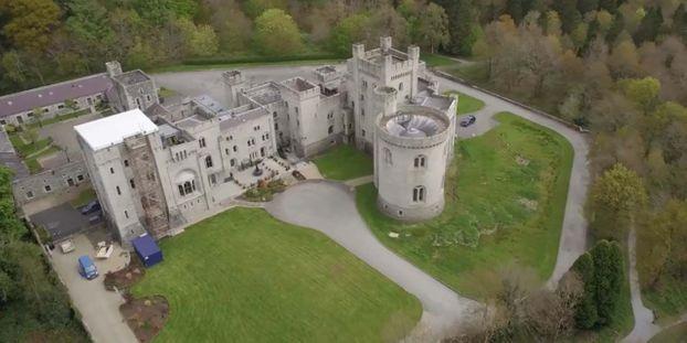 Irlande Du Nord Un Chateau De Game Of Thrones Est Mis En Vente