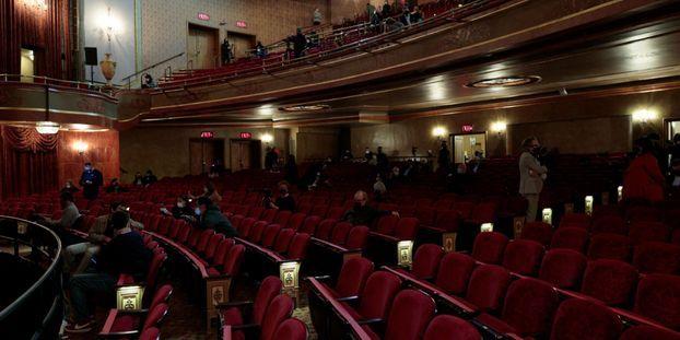Certains théâtres ont pu rouvrir à New York.