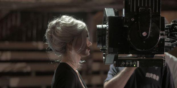 réel amateur femme films
