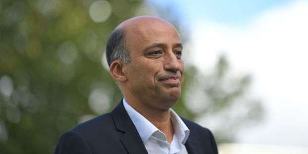 """Fermeture d'une usine à La Roche-sur-Yon : """"On veut garder tout le monde"""", assure le directeur de Michelin..."""