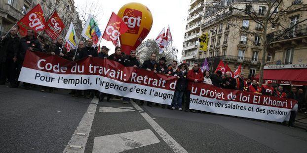 6b8c58a5dfc Les syndicats de la Fonction publique appellent à la grève le 31 mars contre  la loi