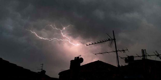 Violents orages à Arles : 60 personnes évacuées