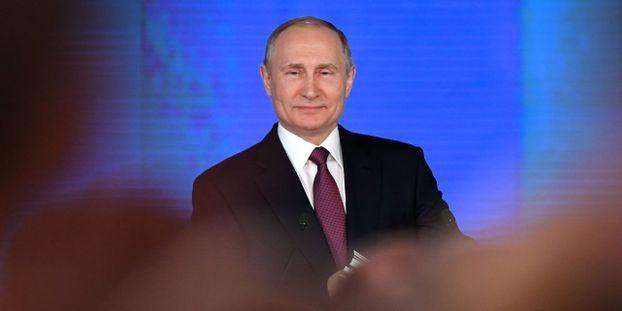 """""""Aucun risque"""" après l'explosion sur une base de missiles russe, assure Poutine"""