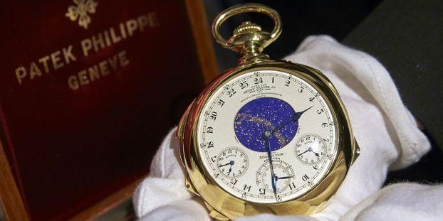 5ff61fc024d Enchères   une montre vendue 24 millions de dollars