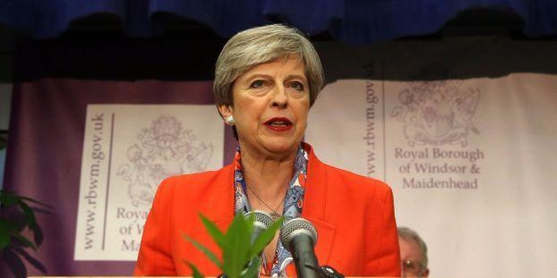 Calendrier Brexit.Grande Bretagne Alliance Necessaire Pour May Engagee Sur