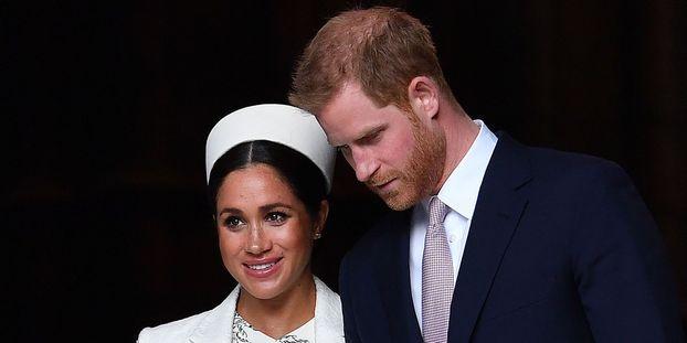 """""""Ils dévalorisent la royauté"""" : Le père de Meghan Markle tacle sa fille et Harry après leur retrait de la..."""
