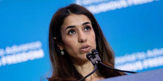 """Vous avez eu le prix Nobel ?"" Trump rencontre la Yazidie Nadia Murad"